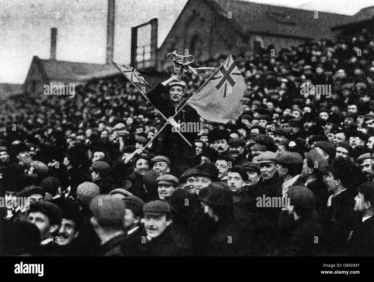 Football The Cup Tie Crowd At Derby  1903 - Stock Image