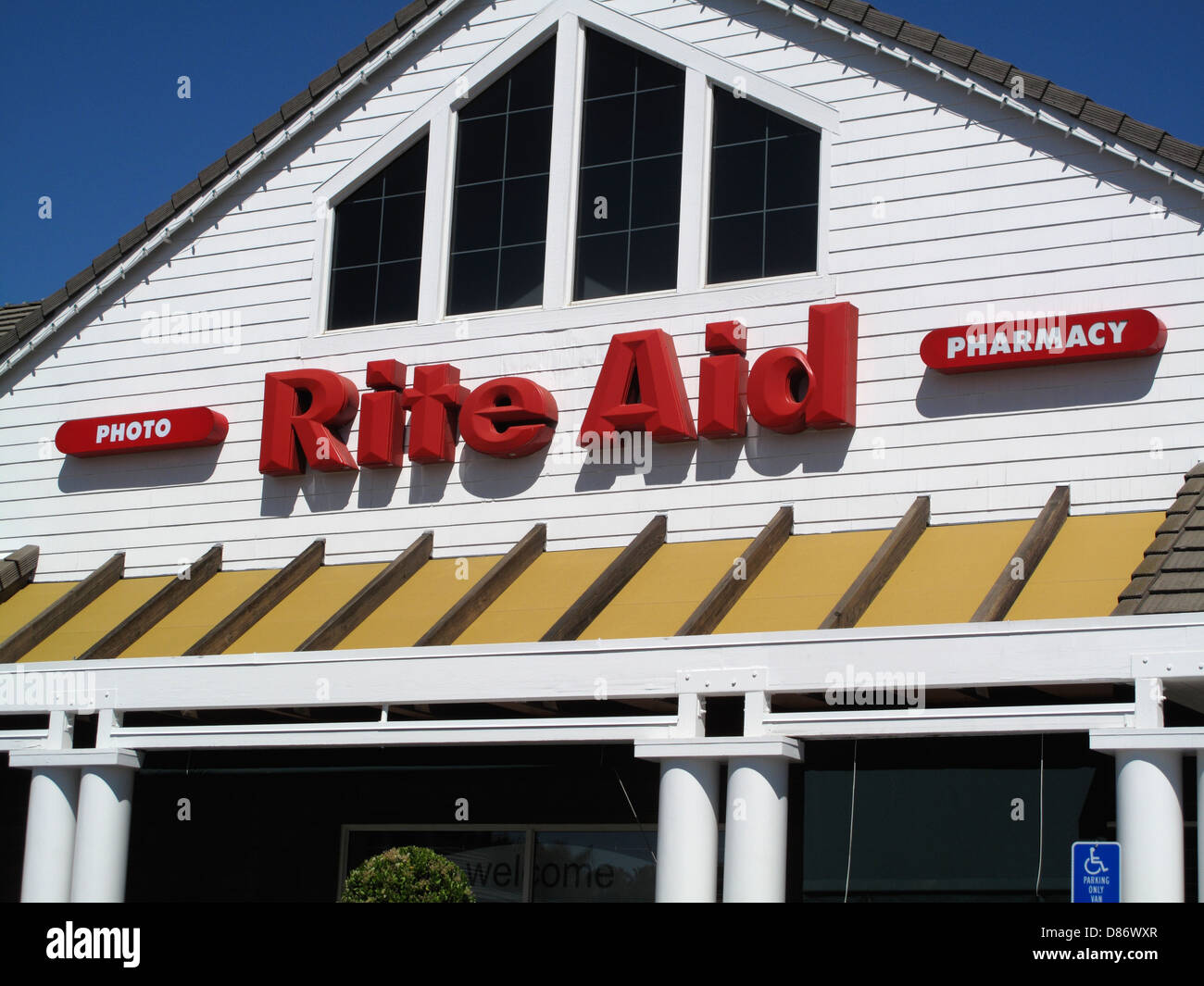 Drugstores Stock Photos & Drugstores Stock Images - Alamy