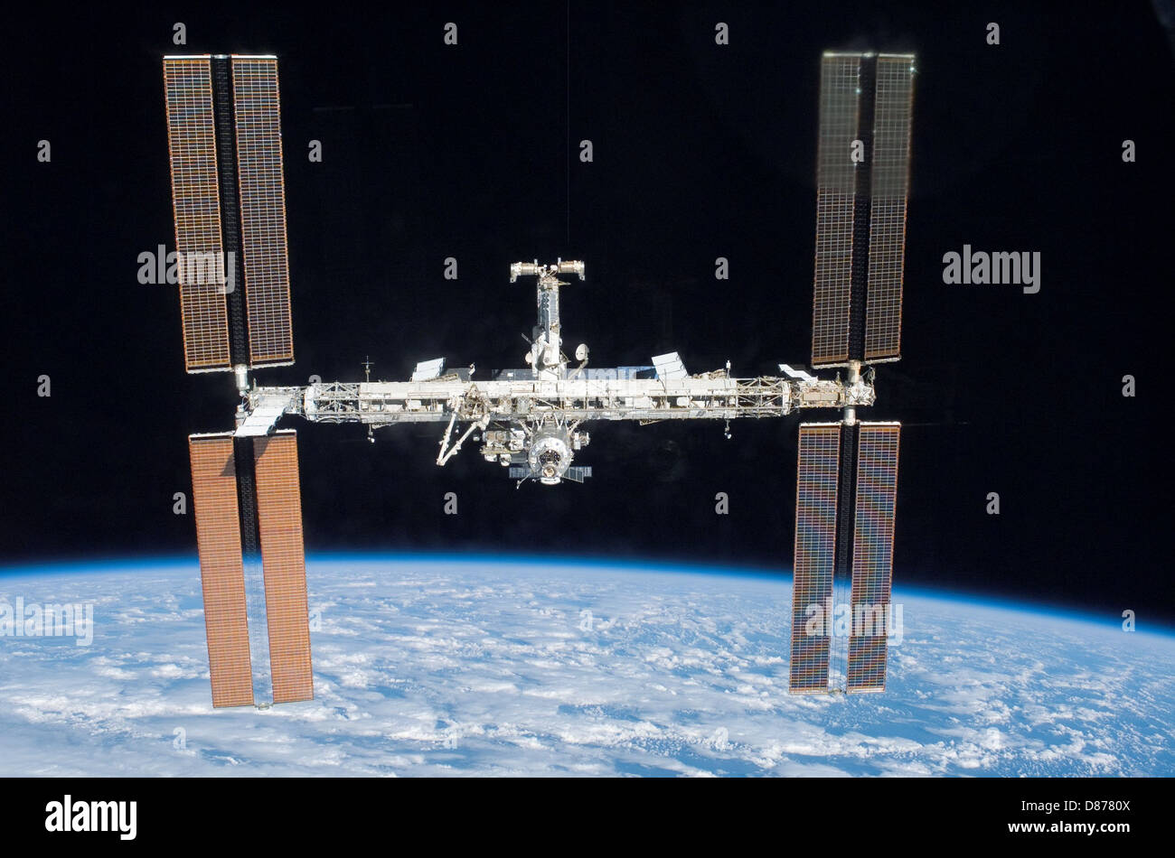 ISS after STS-117 in June 2007.jpg - Stock Image