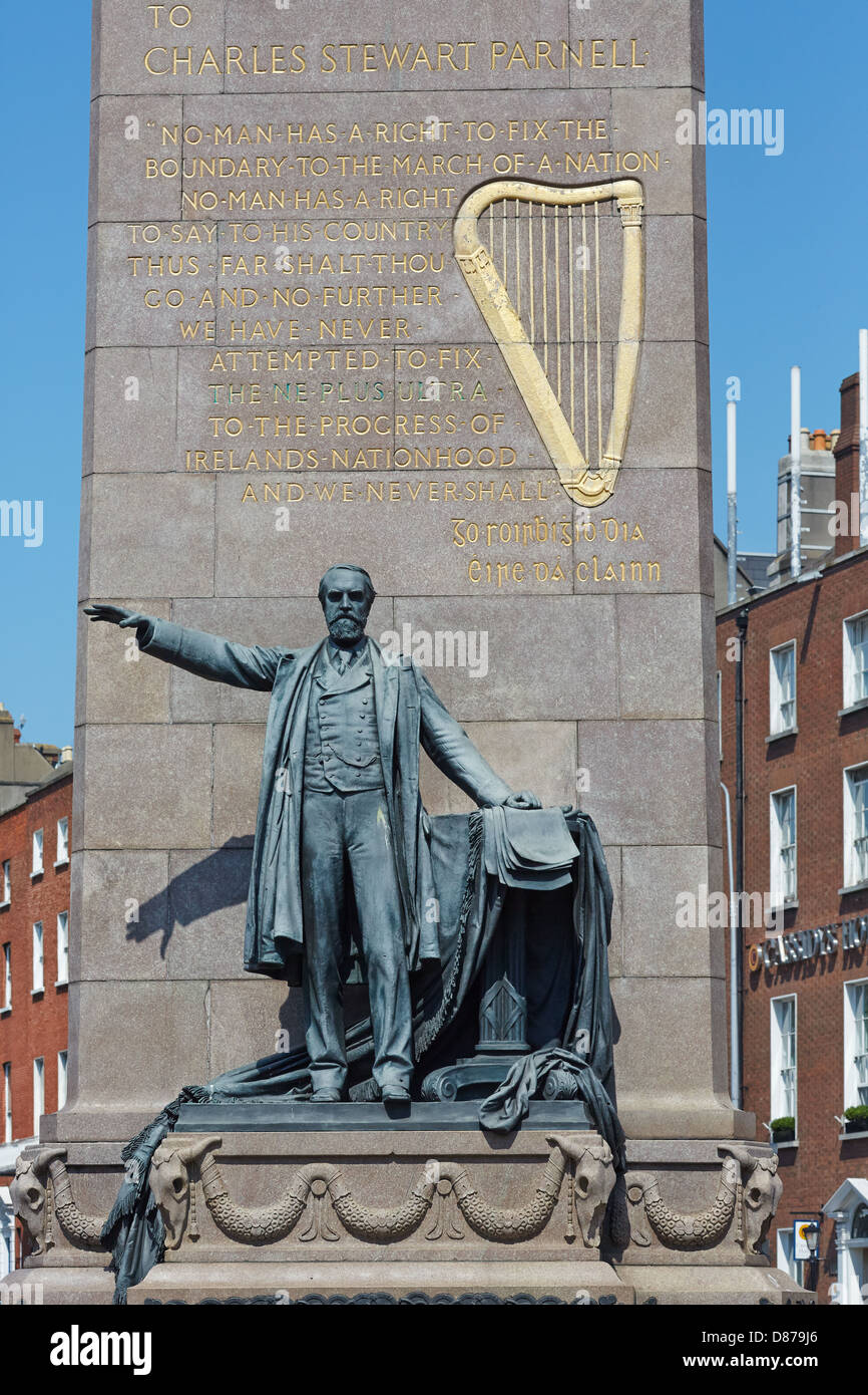 Monument to Charles Stewart Parnell. O'Connell Street, Dublin, Republic of Ireland - Stock Image