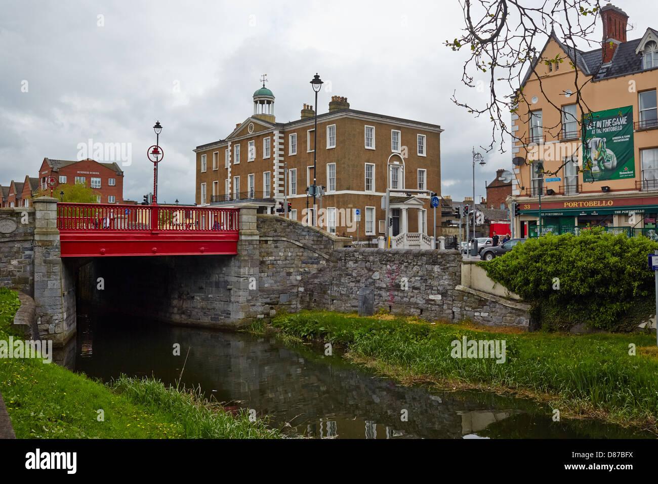 Bridge over the grand Canal Dublin Southside, Dublin, Republic of Ireland - Stock Image