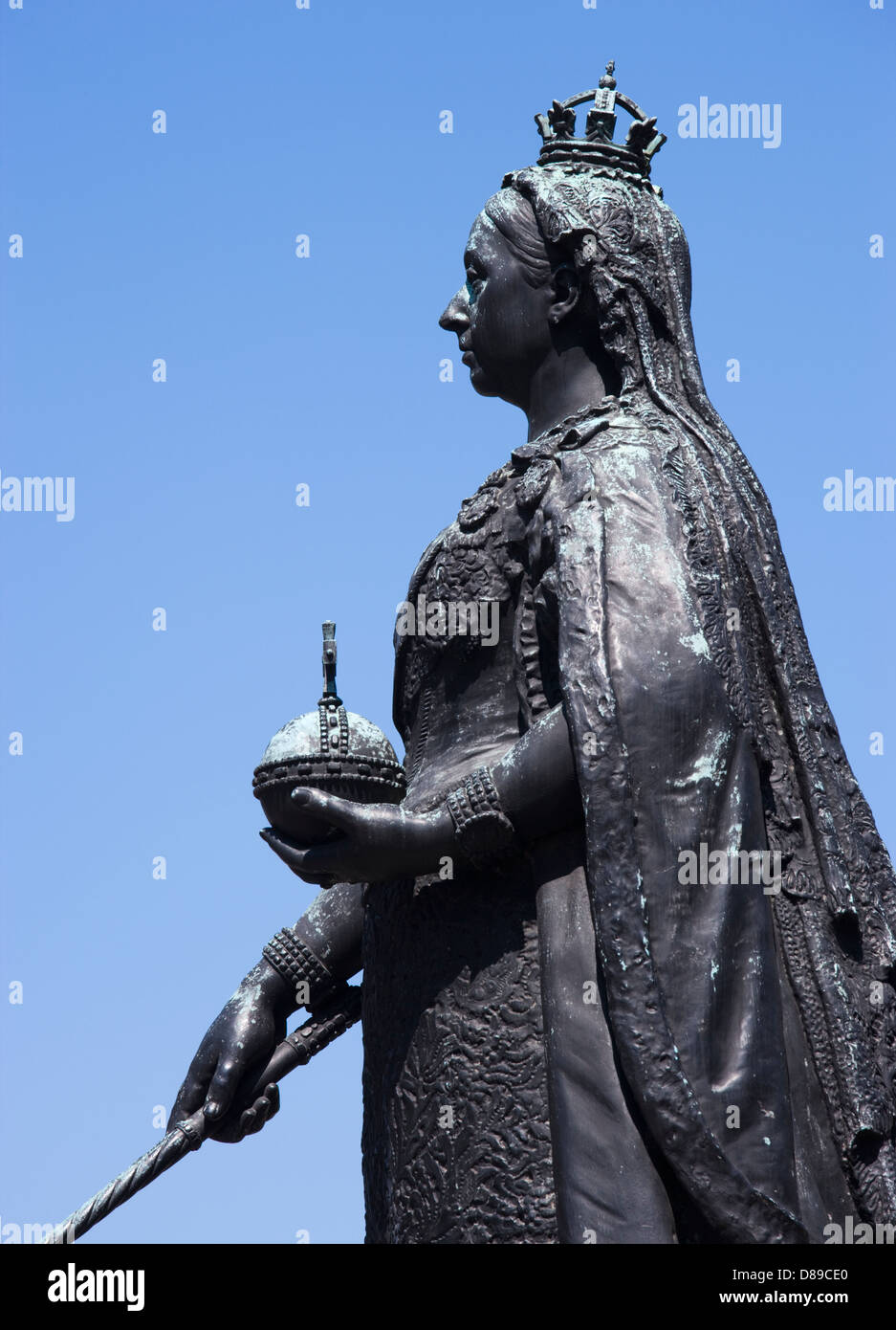 Queen Victoria statue at Windsor Castle, Berkshire, UK. - Stock Image