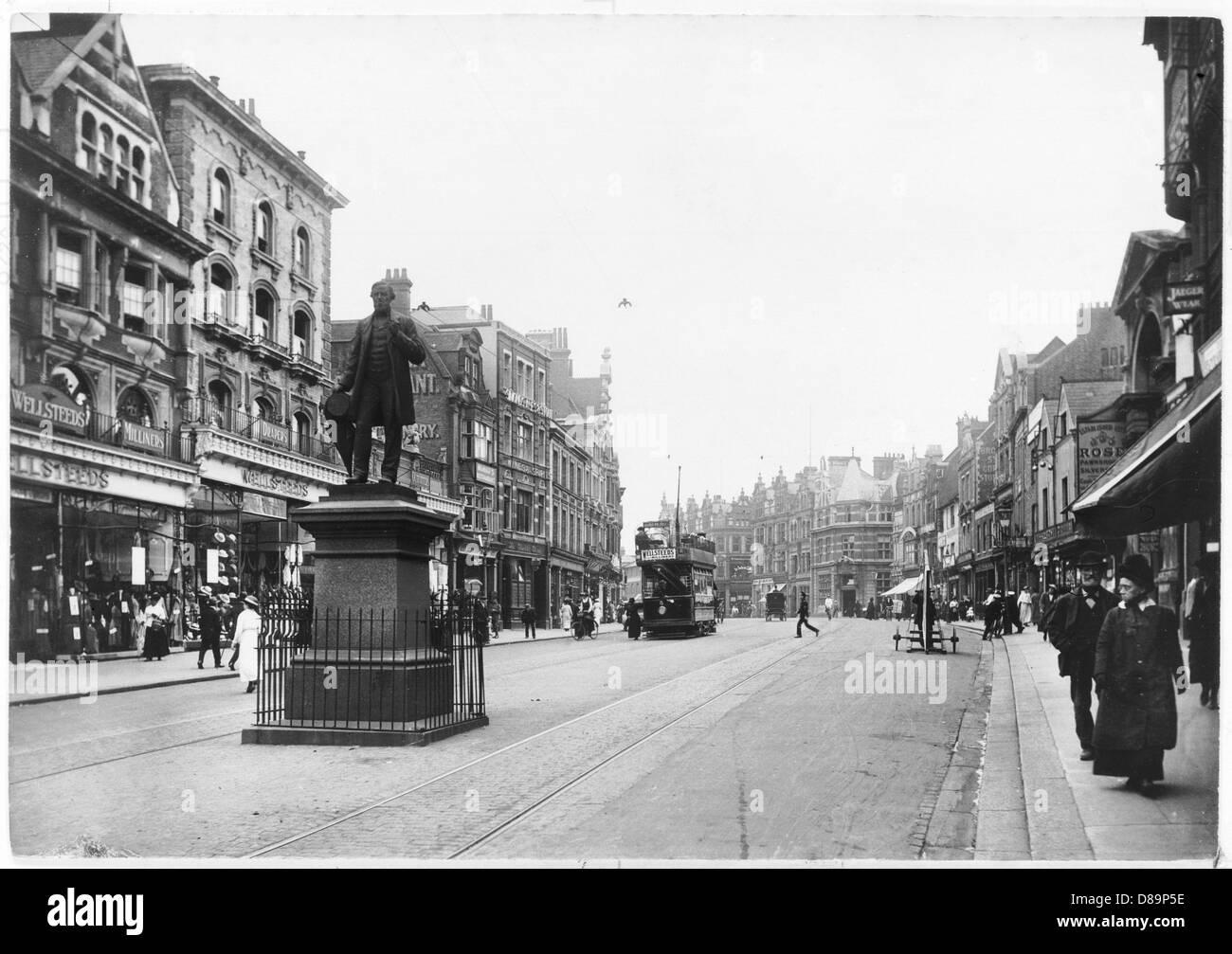 Reading 1915 - Stock Image
