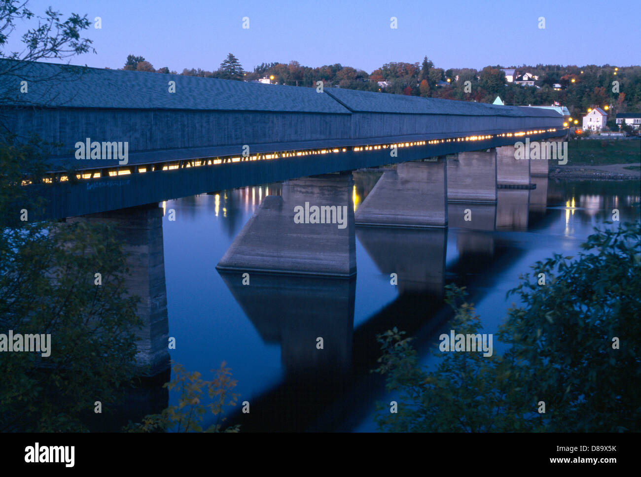 hartland covered bridge carlet...