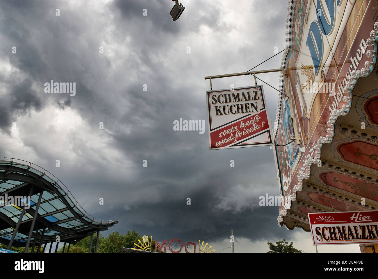 HAMBURGER DOM SCENE - Stock Image