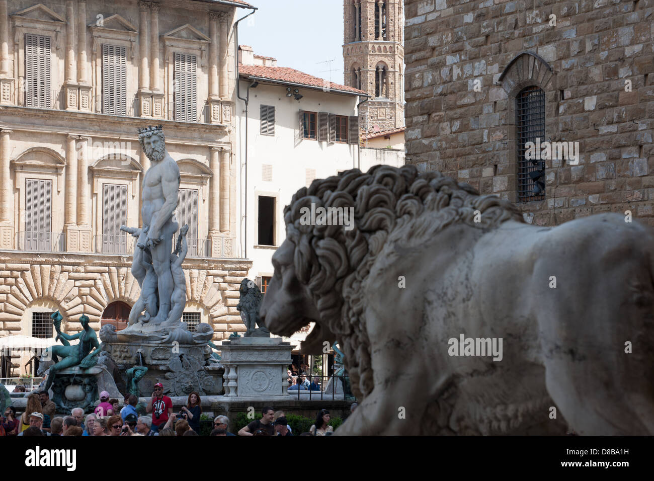 Lions Fountain Florence.Piazza Della Signoria Lion And Neptune Fountain Florence