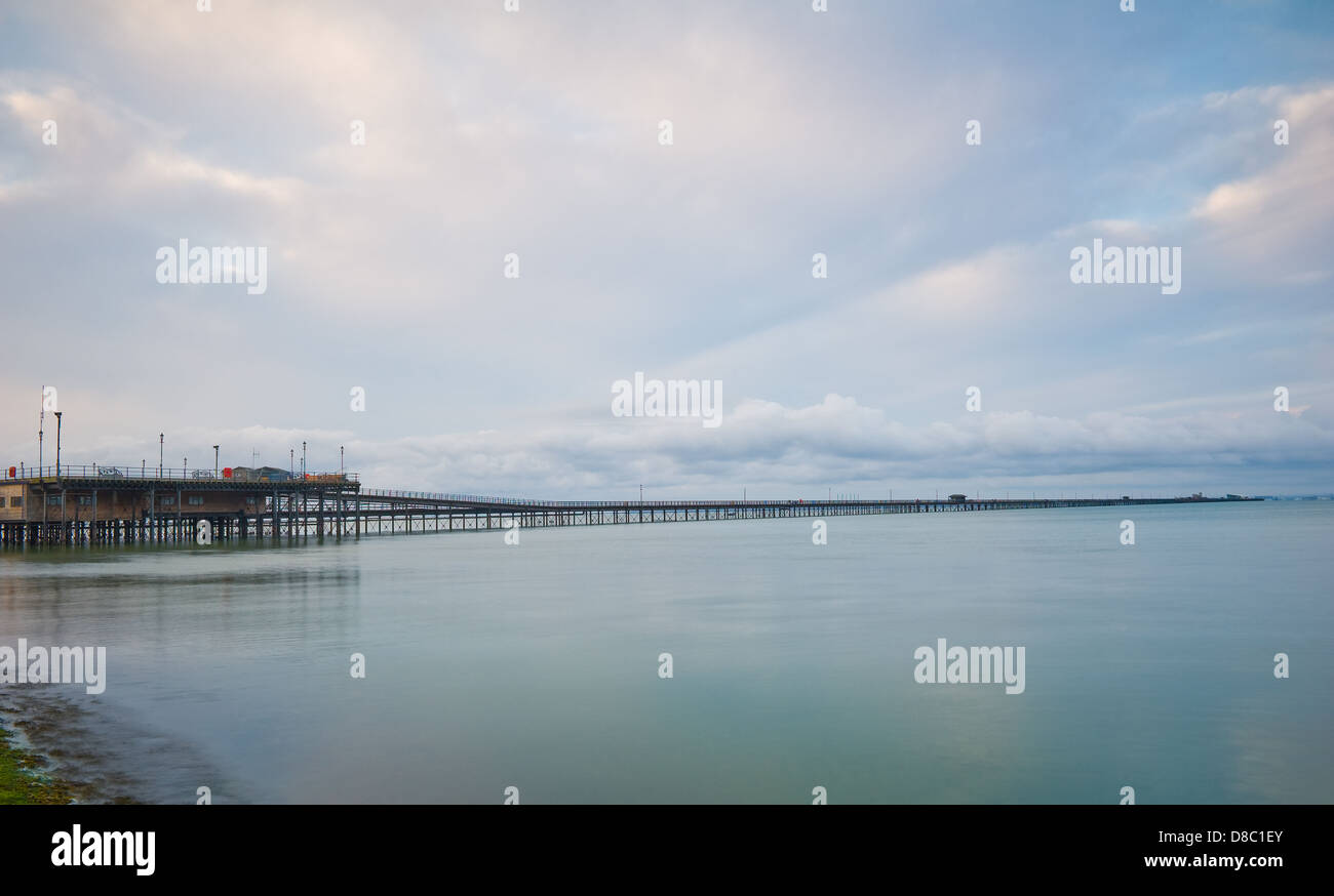 The full length of Southend on sea's long pier. - Stock Image