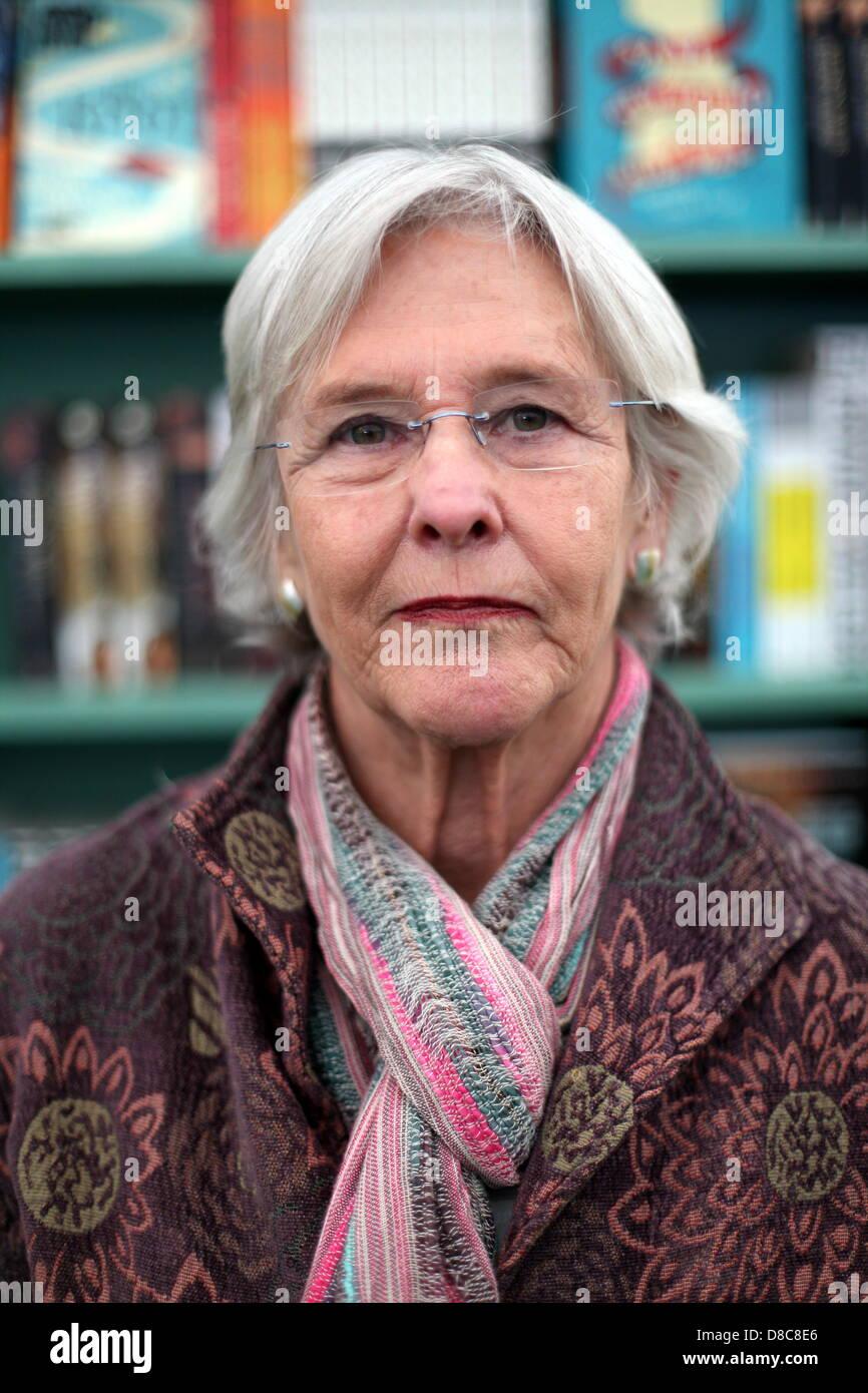 Allison Mack,Noelle Freeman Adult archive Brian Blessed (born 1936),Heather Beers