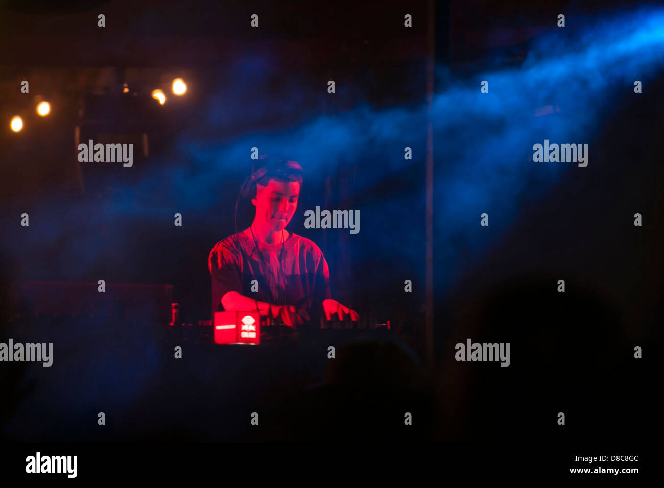 Kim Ann Foxman performing at the Night and Day festival, in Lisbon, Portugal. - Stock Image