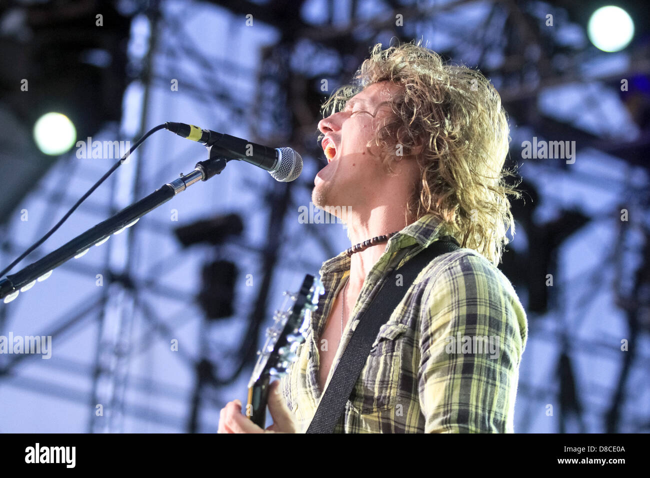 Lead vocalist of Fuel, Brett Scallions sings at Musikfest 2011. - Stock Image
