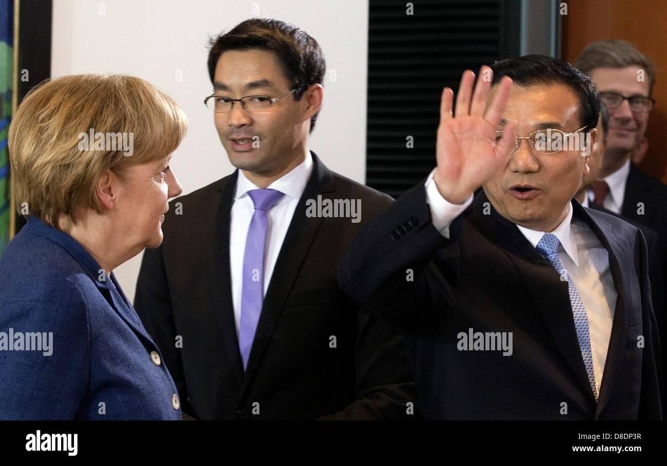 Image result for deutschland vice premier Philipp R??sler
