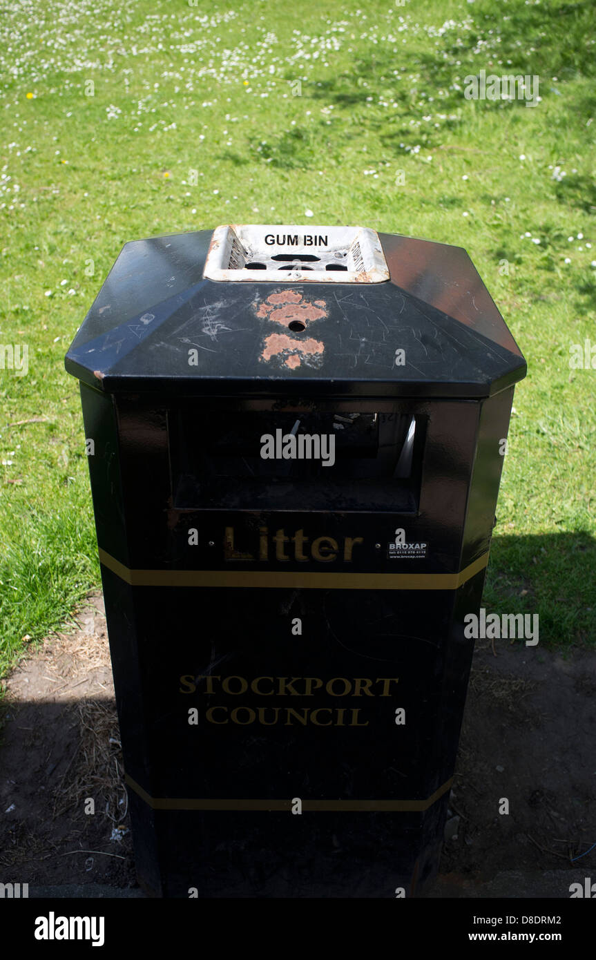 A rubbish bin with a special place for discarding chewing gum - Stock Image