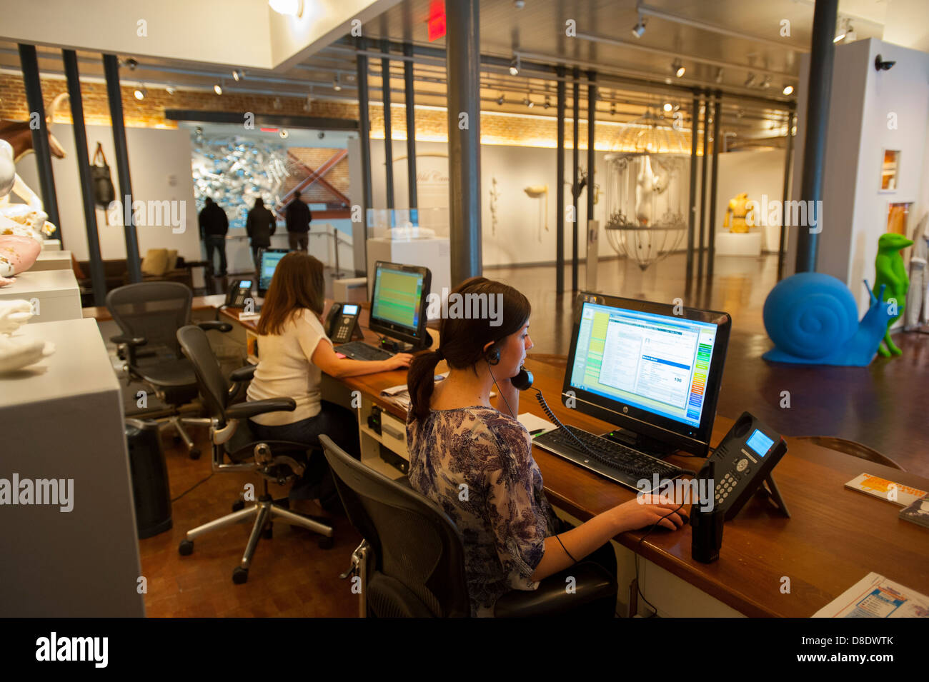 USA Kentucky KY Louisville lobby of the 21C Museum Hotel - receptionists - Stock Image