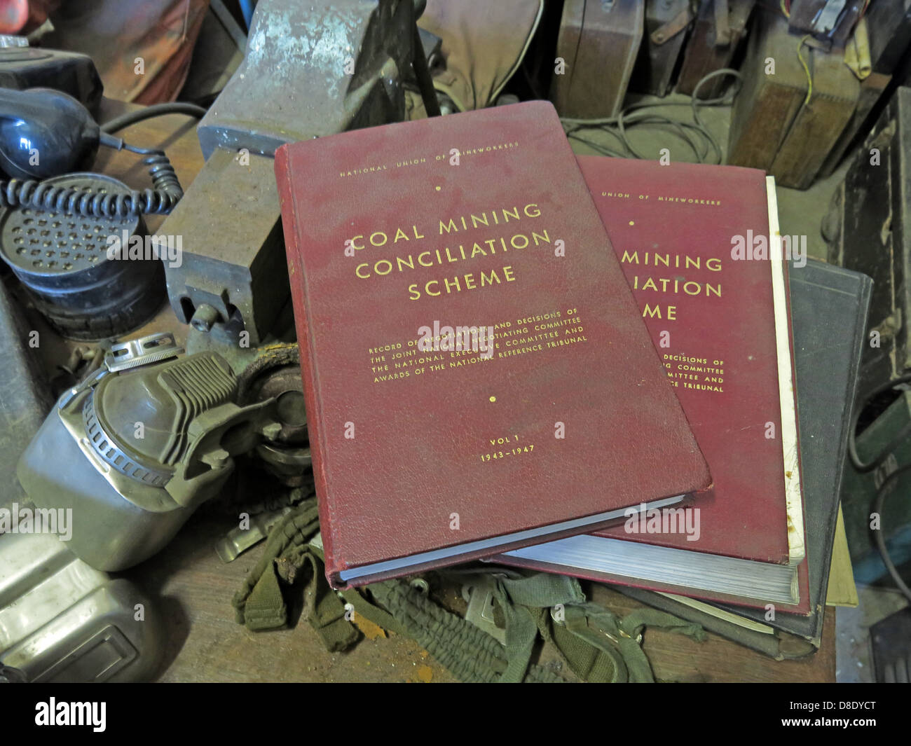 Old Maroon Coal Mining Conciliation Scheme Guides - Stock Image