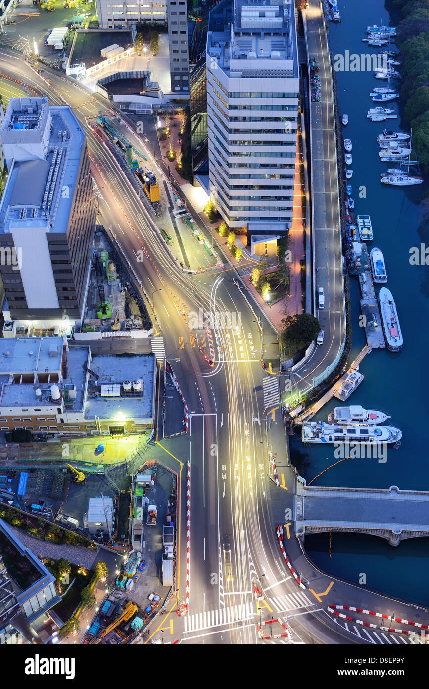 Roads in Tokyo viewed from above the Minato Ward area. - Stock Image