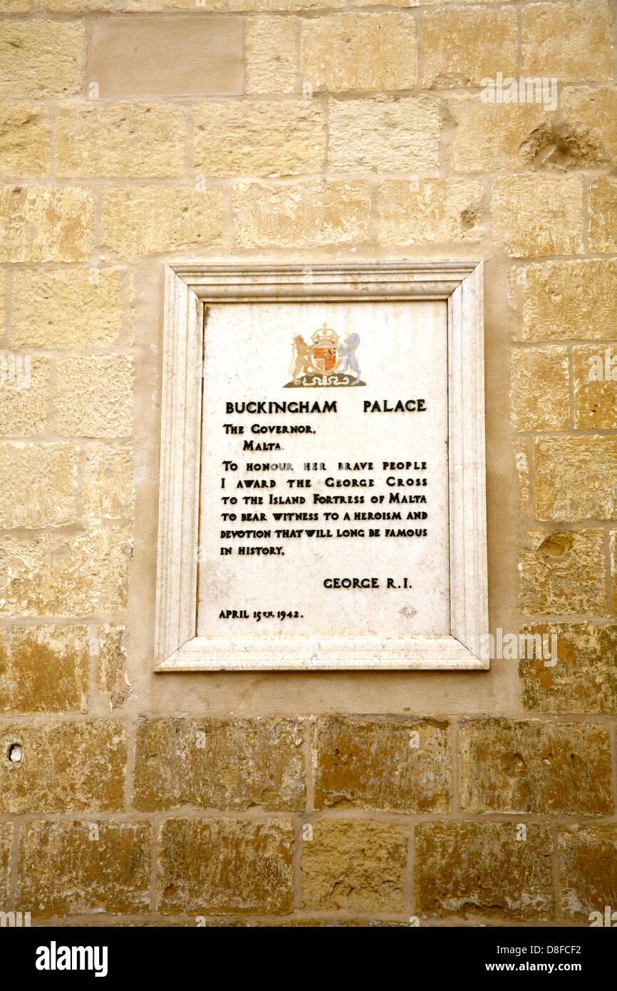 A plaque of the letter to the Governor from king George to the people of Malta, on the Palace wall. - Stock Image