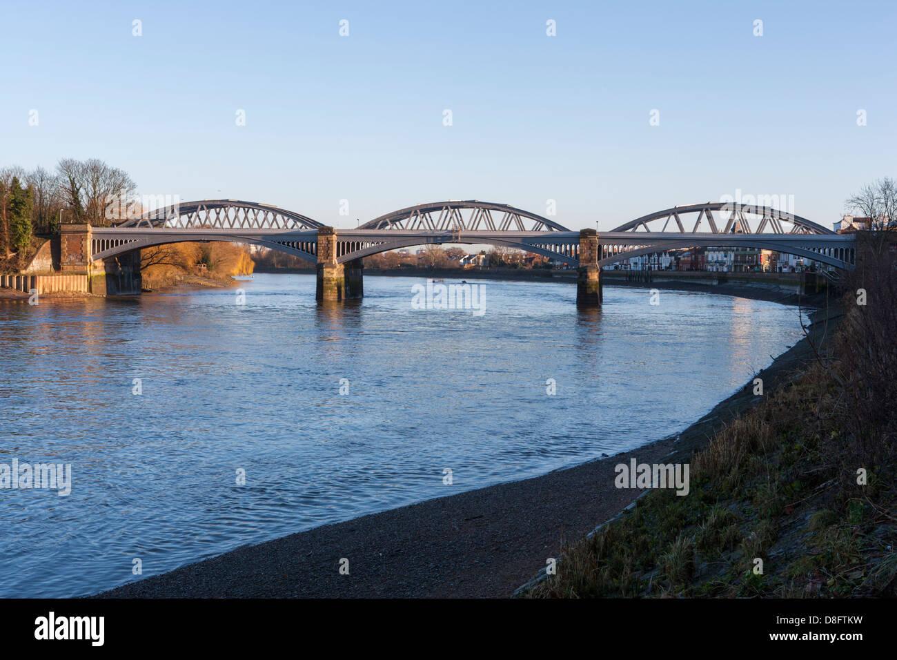 Barnes Railway Bridge Barnes London Stock Photo