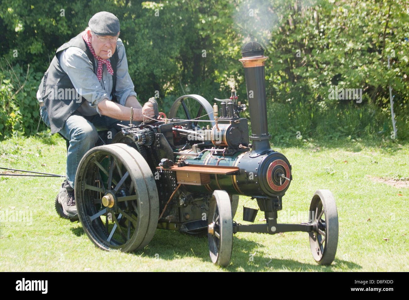 Vintage Mini Traction Engine Scale Model Steam - Stock Image