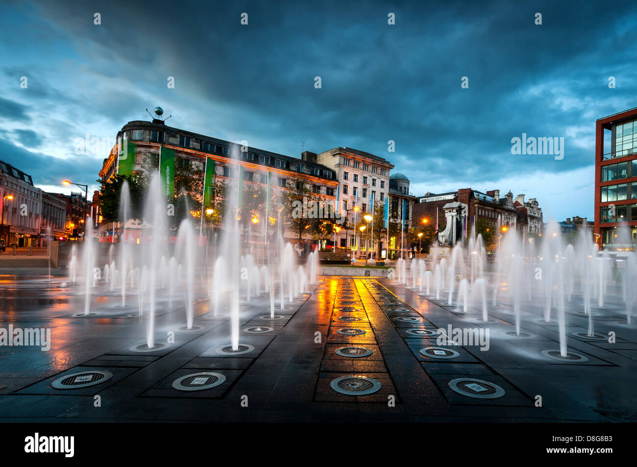 Piccadilly garden in the city centre of Manchester England, where people come to relax and enjoy the atmosphere. - Stock Image
