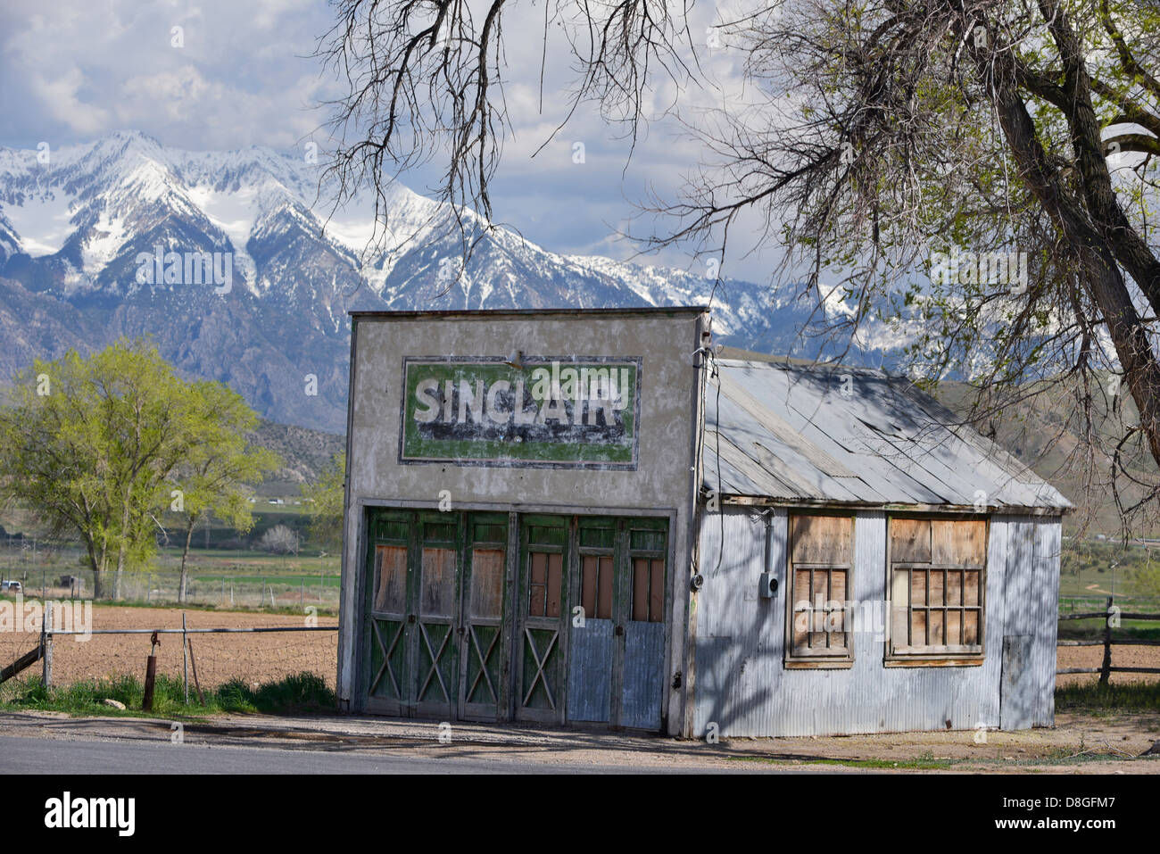 Sinclair Gas Station High Resolution Stock Photography And Images Alamy