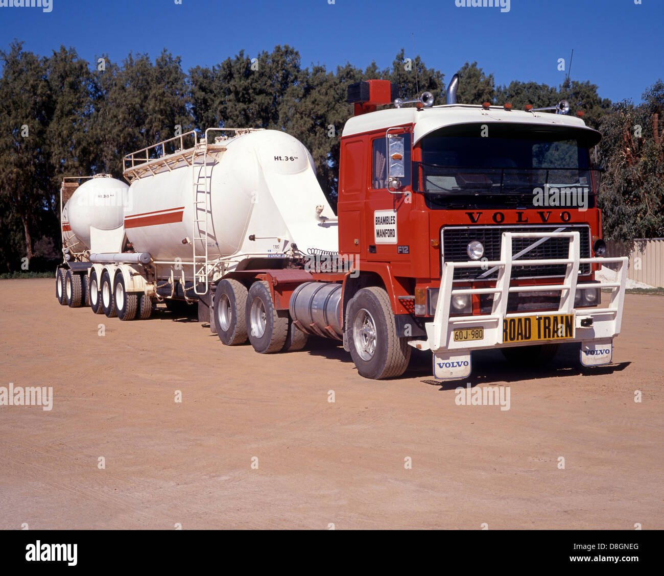 Road train – Australian name for a long truck, Western Australia Stock Photo: 56916456 - Alamy