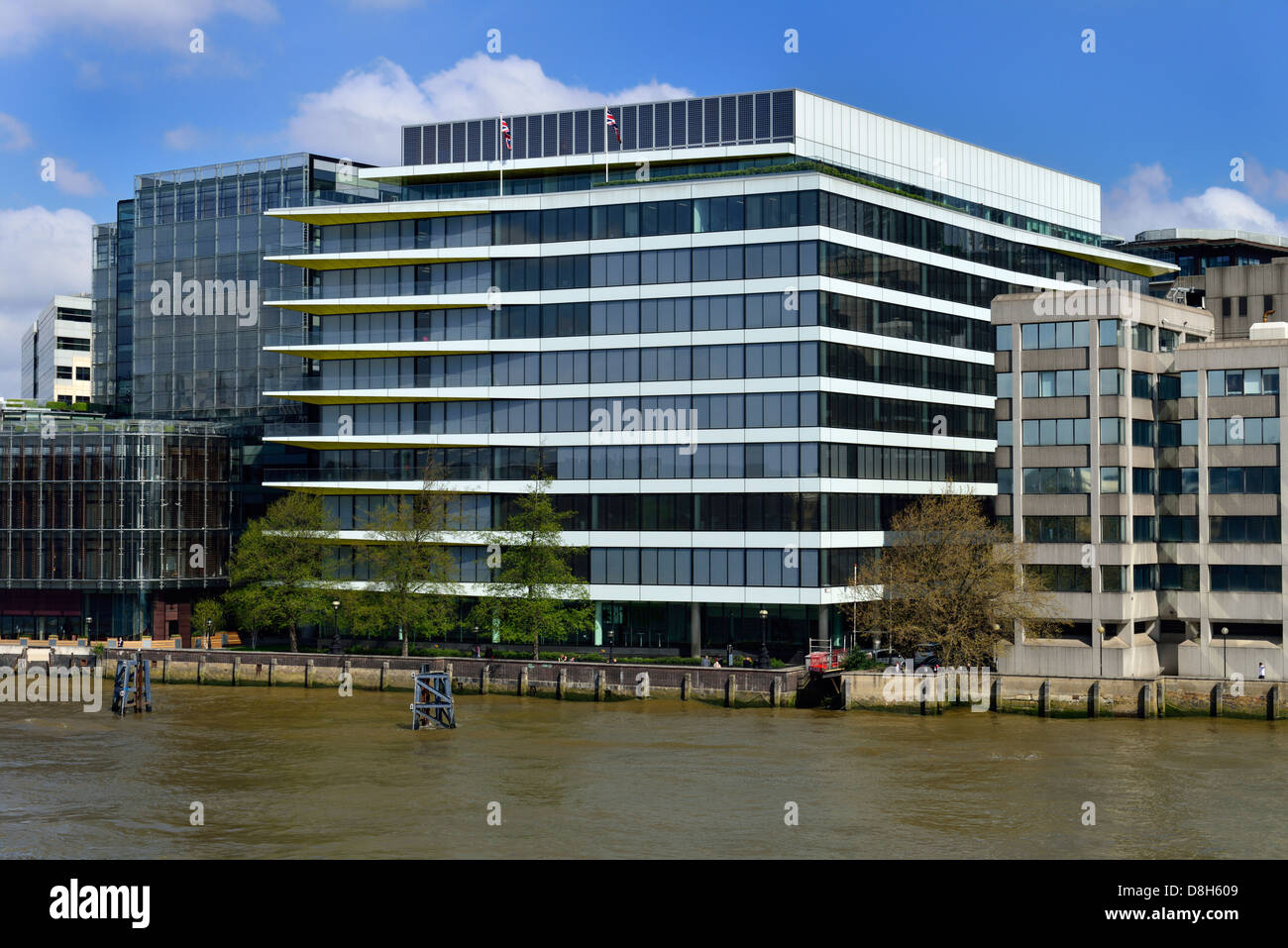 Riverbank House, 2 Swan Lane, London EC4R, United Kingdom - Stock Image