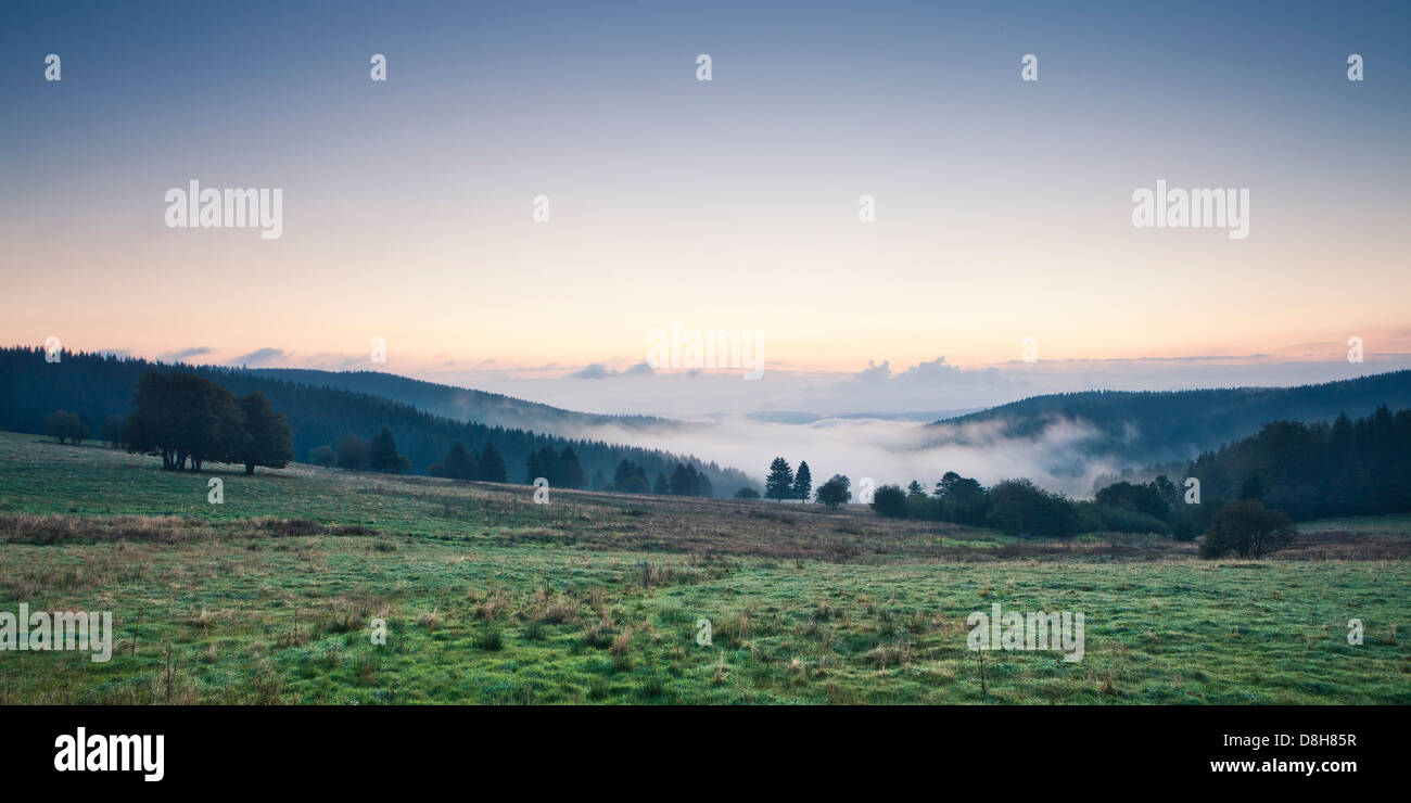 View into the valley in the morning, Neuhaus am Rennweg, Sonneberg, Thuringian Forest, Thuringia, Germany - Stock Image