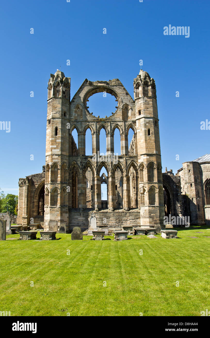 ELGIN CATHEDRAL IN EARLY SPRING A VIEW OF THE SMALL TOWERS MORAY SCOTLAND Stock Photo