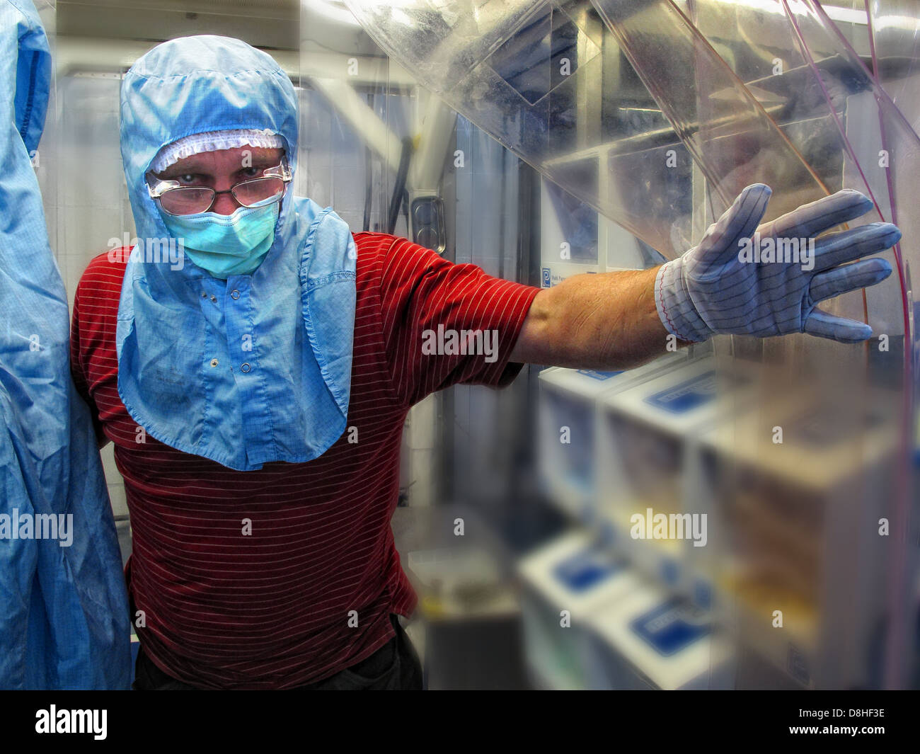 Clean Area worker Daresbury Science Lab , Cheshire England, UK - Stock Image