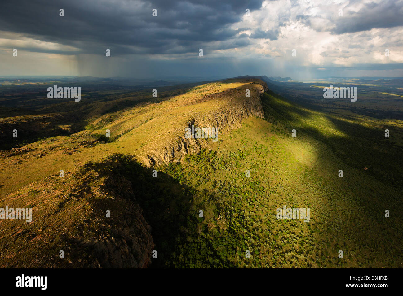 Aerial view of the Magaliesburg mountains. - Stock Image