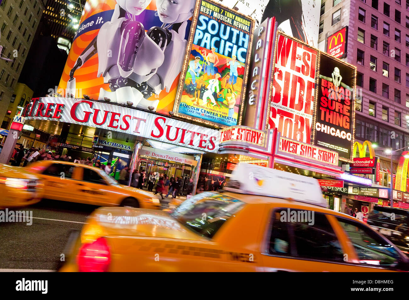 USA, New York City, Manhattan, Times Square, Neon lights at night - Stock Image