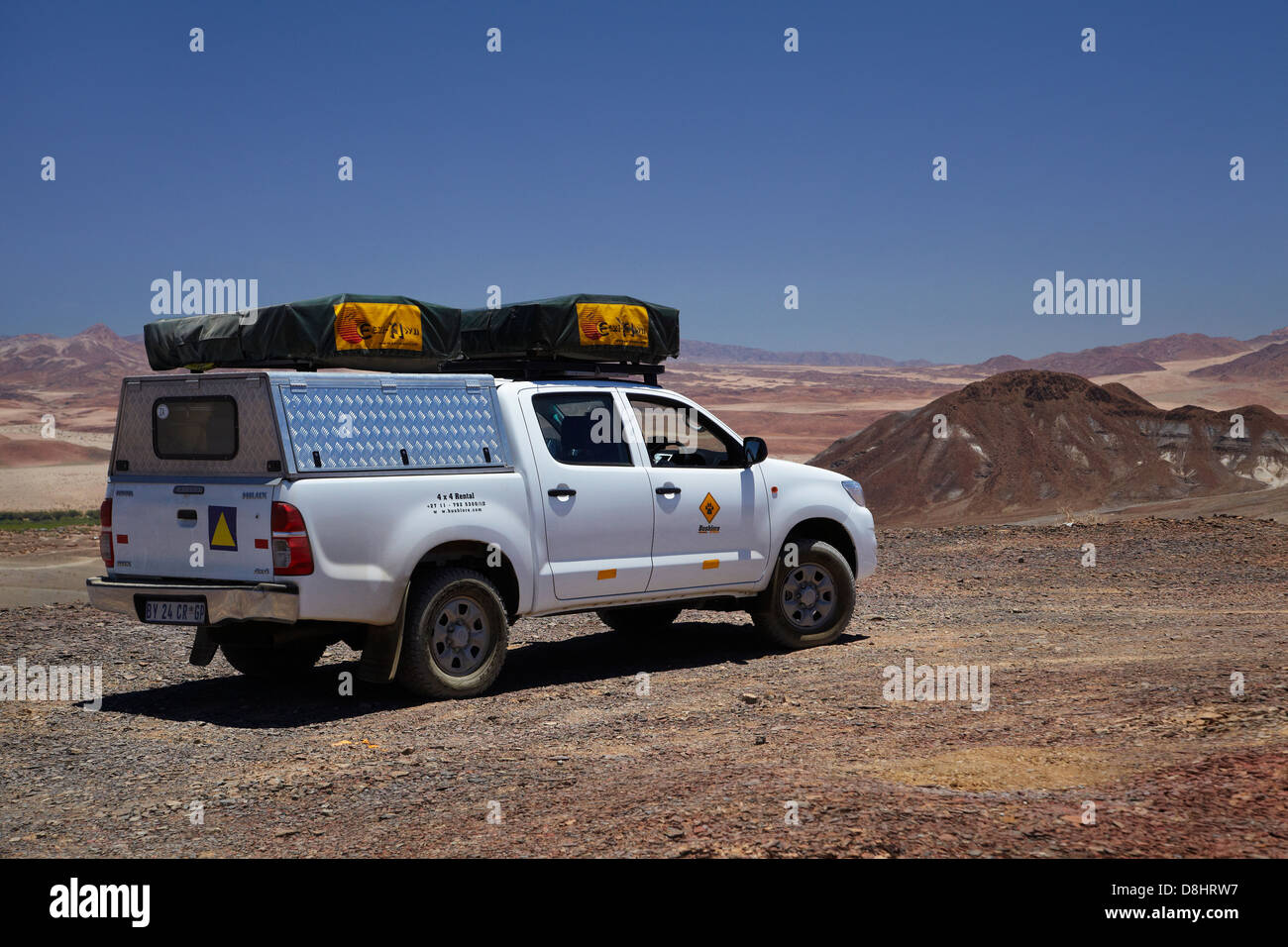 Toyota Hilux camper, Aussenkehr Nature Park 4x4 trail, Southern Namibia, Africa - Stock Image