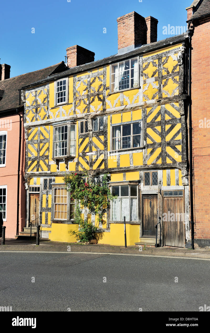 Old Tudor half-timbered style houses in Ludlow, Shropshire, England. Lower end of Corve Street - Stock Image