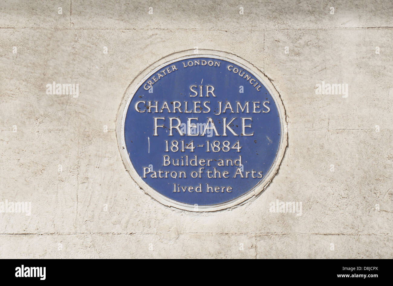Greater London Council blue plaque for Sir Charles James Freake, builder & patron of the arts, South Kensington, - Stock Image
