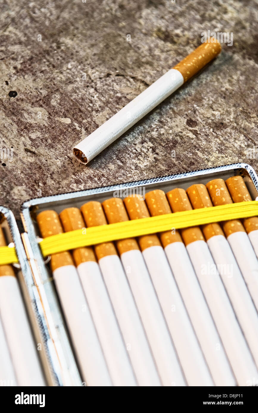 Cigarettes Box Stock Photos & Cigarettes Box Stock Images ...