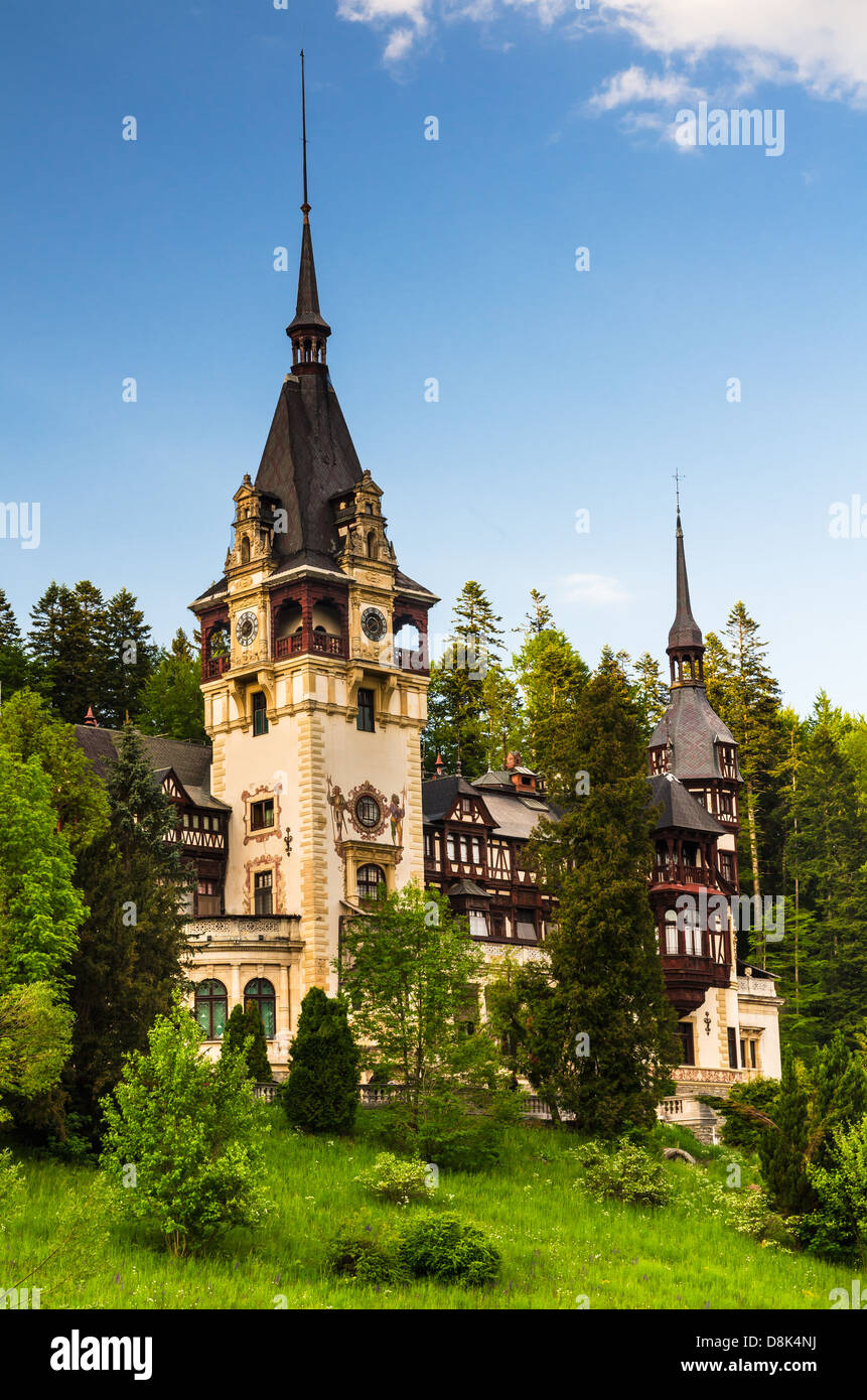 Peles Castle, built by King Carol I,  in Gothic style with german Neo-Renaissance facade, after 1873. Sinaia, Romania. - Stock Image