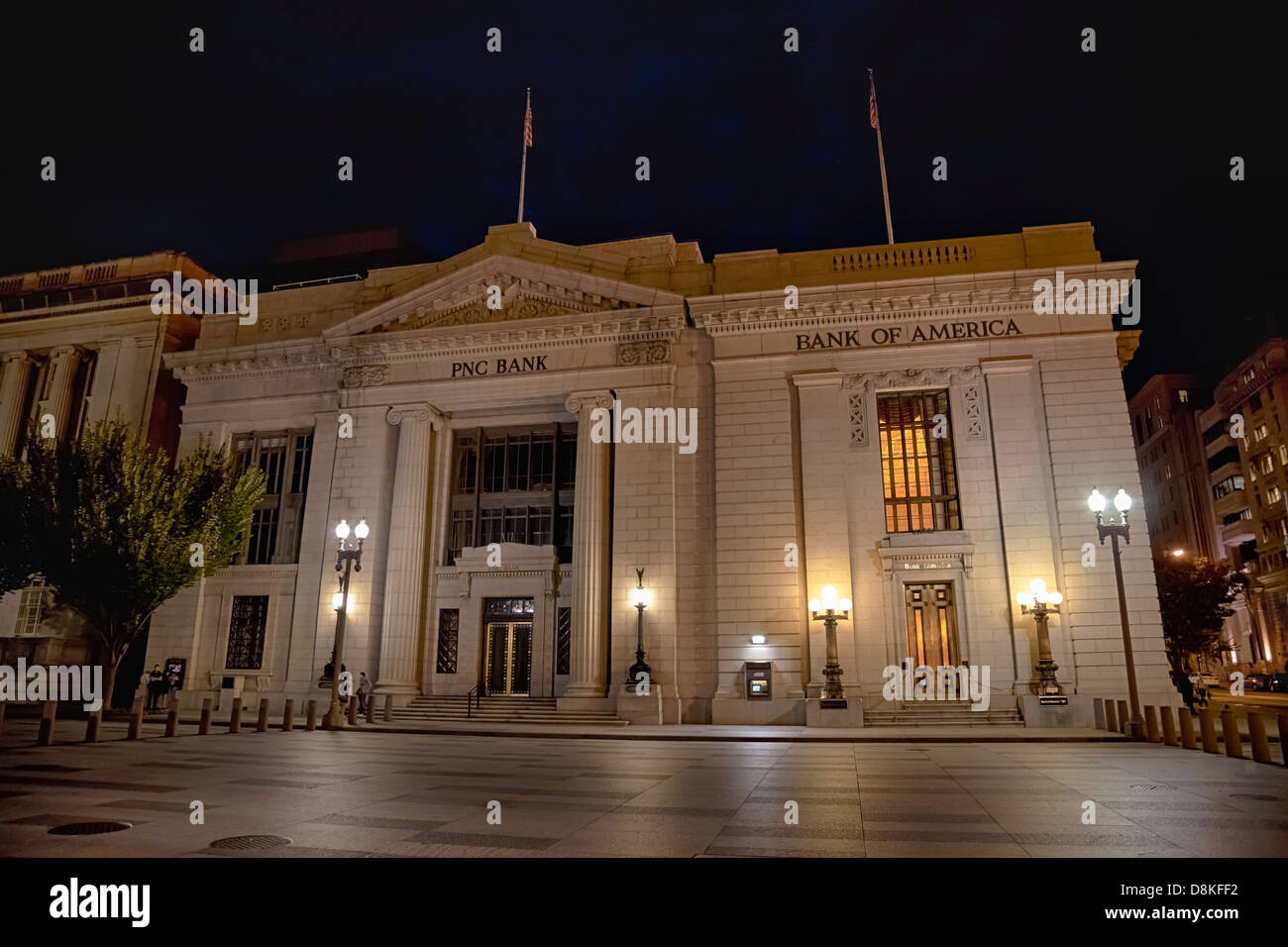 Bank of America and PNC bank in Washington D C Stock Photo: 56977622