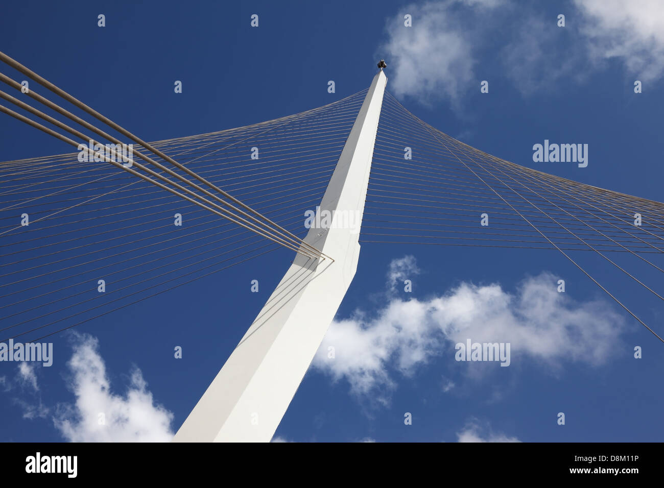 The new up-to-date white bridge in Jerusalem - Stock Image