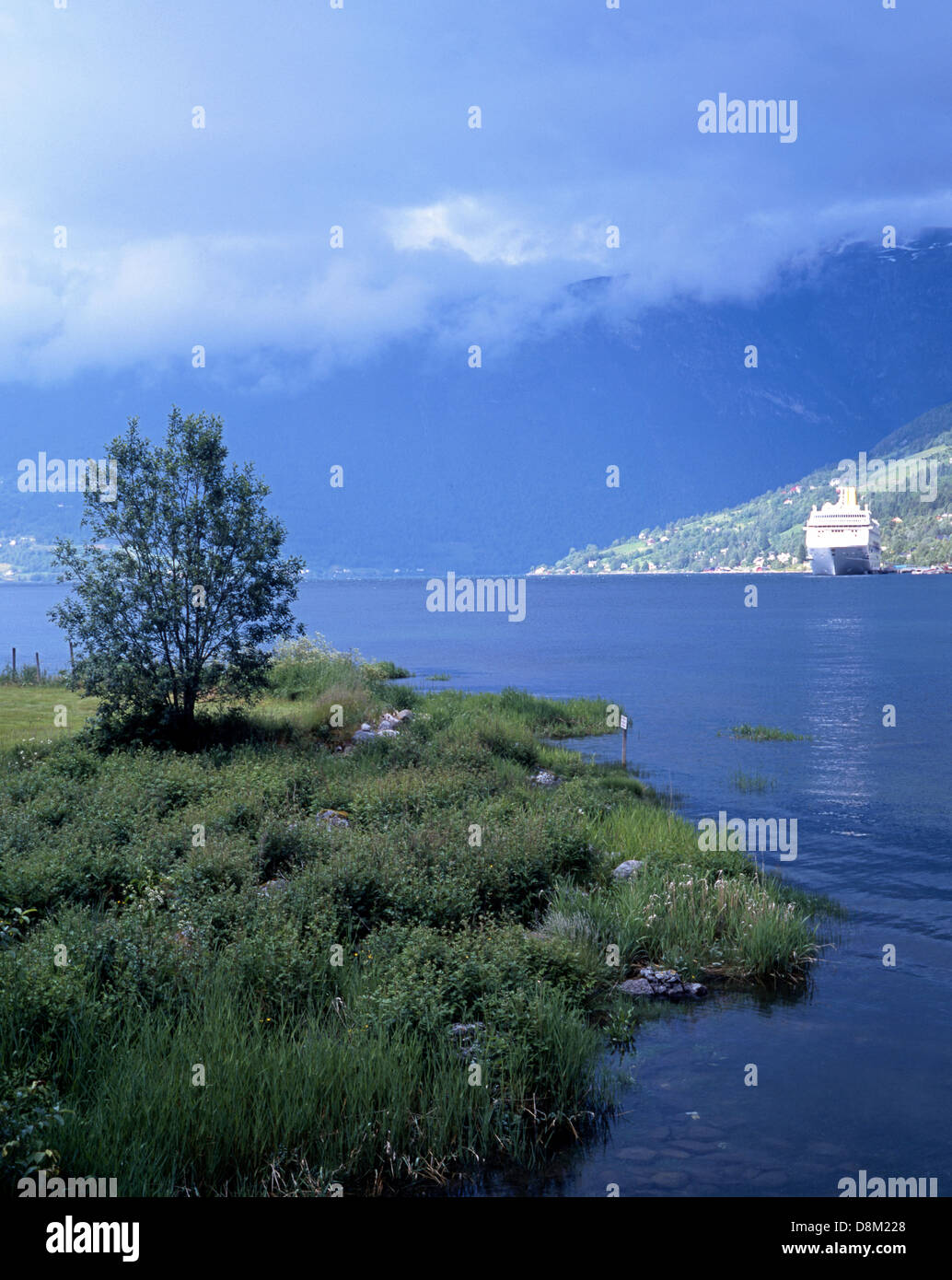 Cruise Liner at anchor, Olden Fjord, Vestlandet, Norway, Europe. - Stock Image