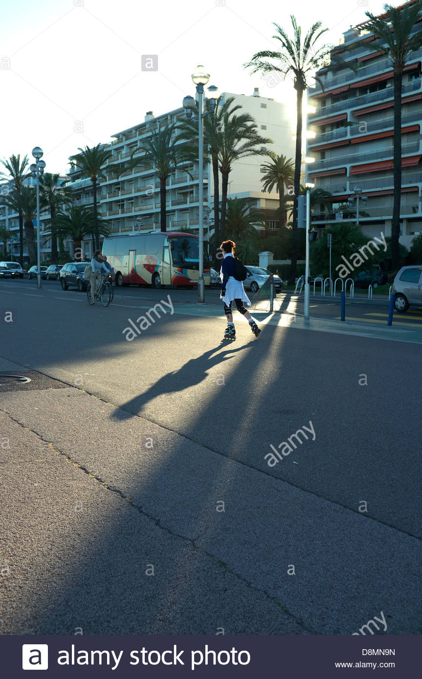 Roller skater on the Promenade des Anglais in Nice, southern France. - Stock Image