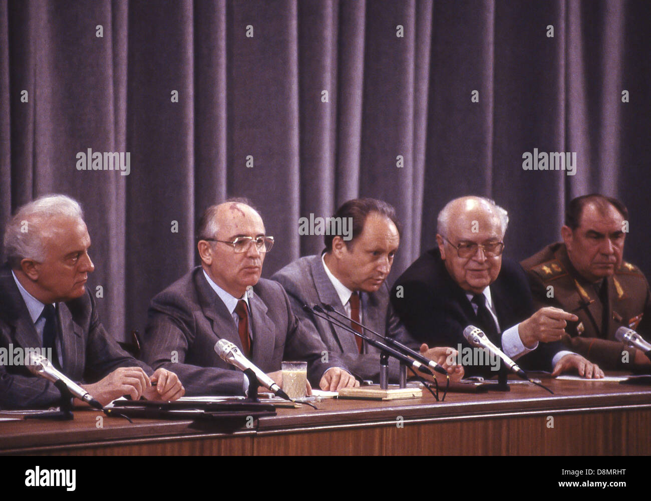 June 3, 1988 - Moscow, RU - Dobrynin points out someone in the audience to Gerasimov as Soviet leader MIKHAIL GORBACHEV - Stock Image