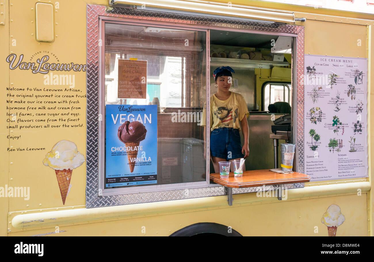 Ben Van Leeuwen vegan ice cream stand in NYC - Stock Image