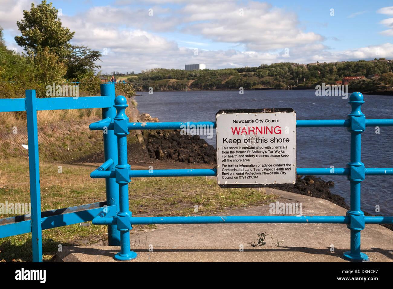 Warning sign at Tyne river - Stock Image