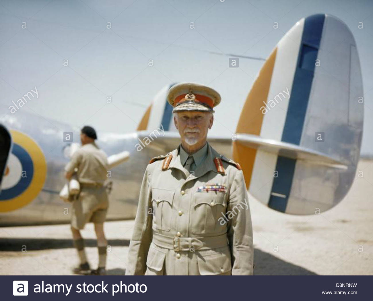 Field Marshal Jan Smuts, Prime Minister of the Union of South Africa, standing in front of a Lockheed Lodestar aircraft - Stock Image