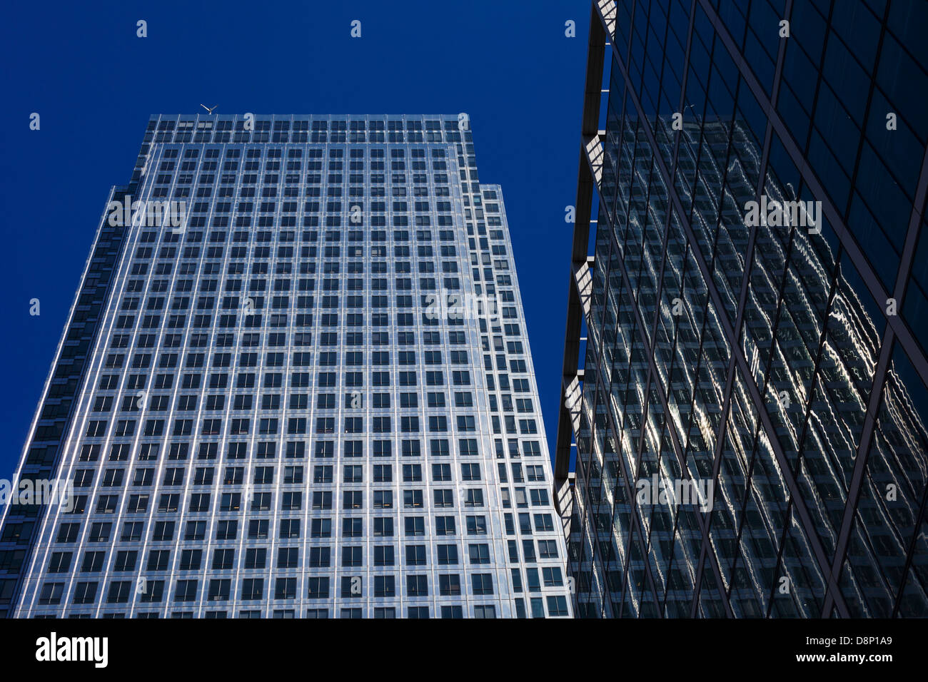 One Canada Square (second tallest building in UK), Canary Wharf, Tower Hamlets, London, England - Stock Image
