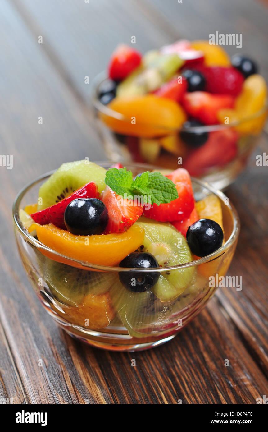 Fresh fruit salad with strawberry, kiwi and blueberry - Stock Image