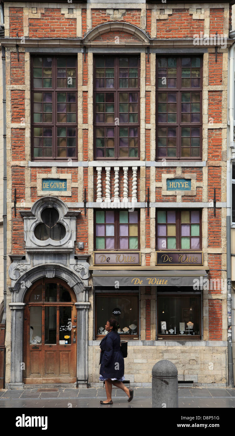 Belgium; Brussels; street scene, architecture, shop, Stock Photo