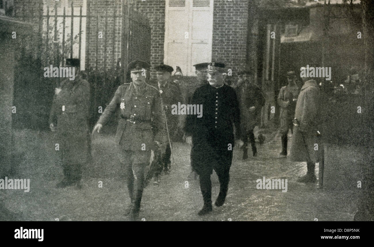 General Sir Douglas Haig (left), commander of British forces in France and Belgium during World War I, and French - Stock Image