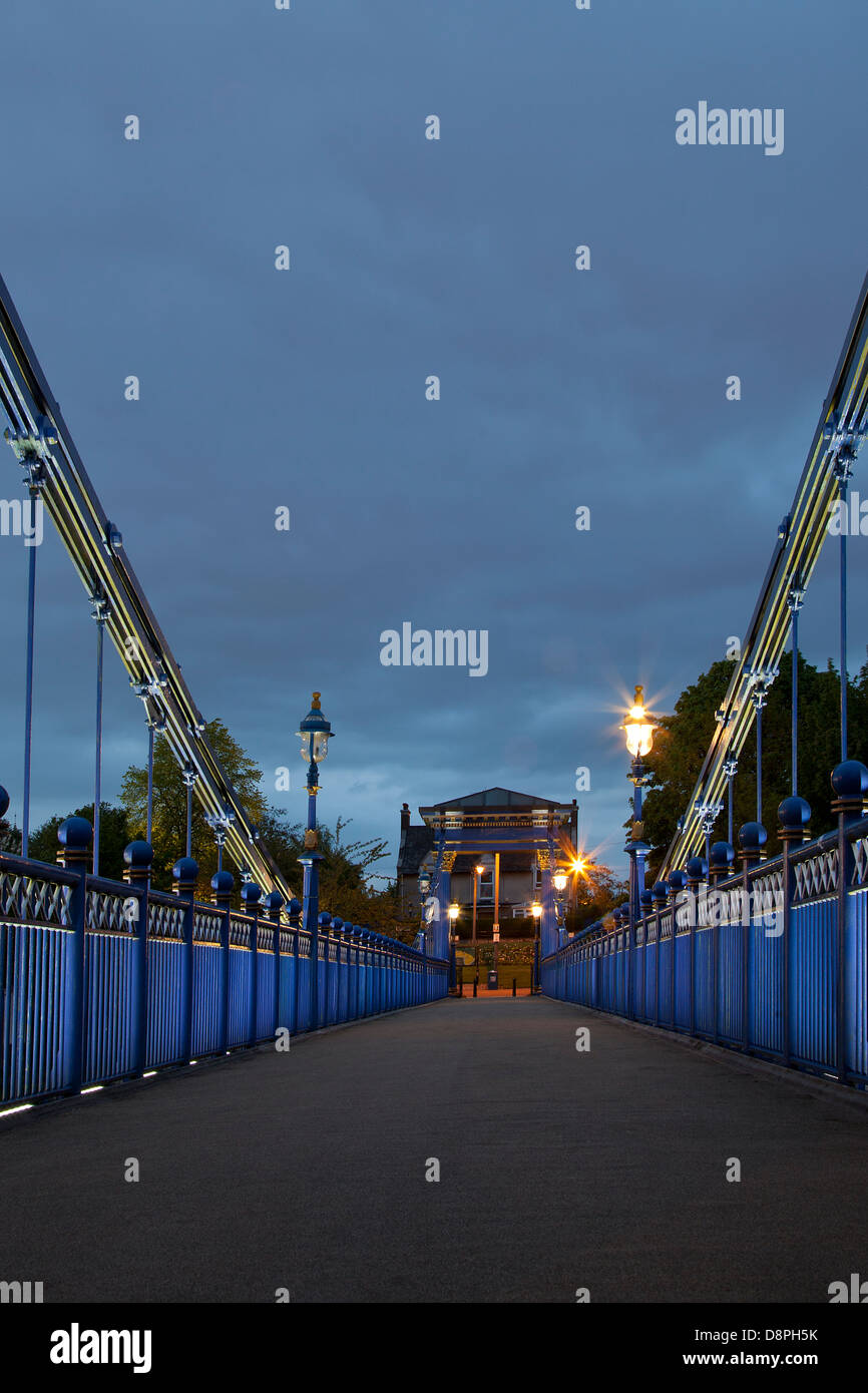St Andrews Suspension Bridge over the River Clyde in Glasgow Green in Glasgow City Centre. - Stock Image
