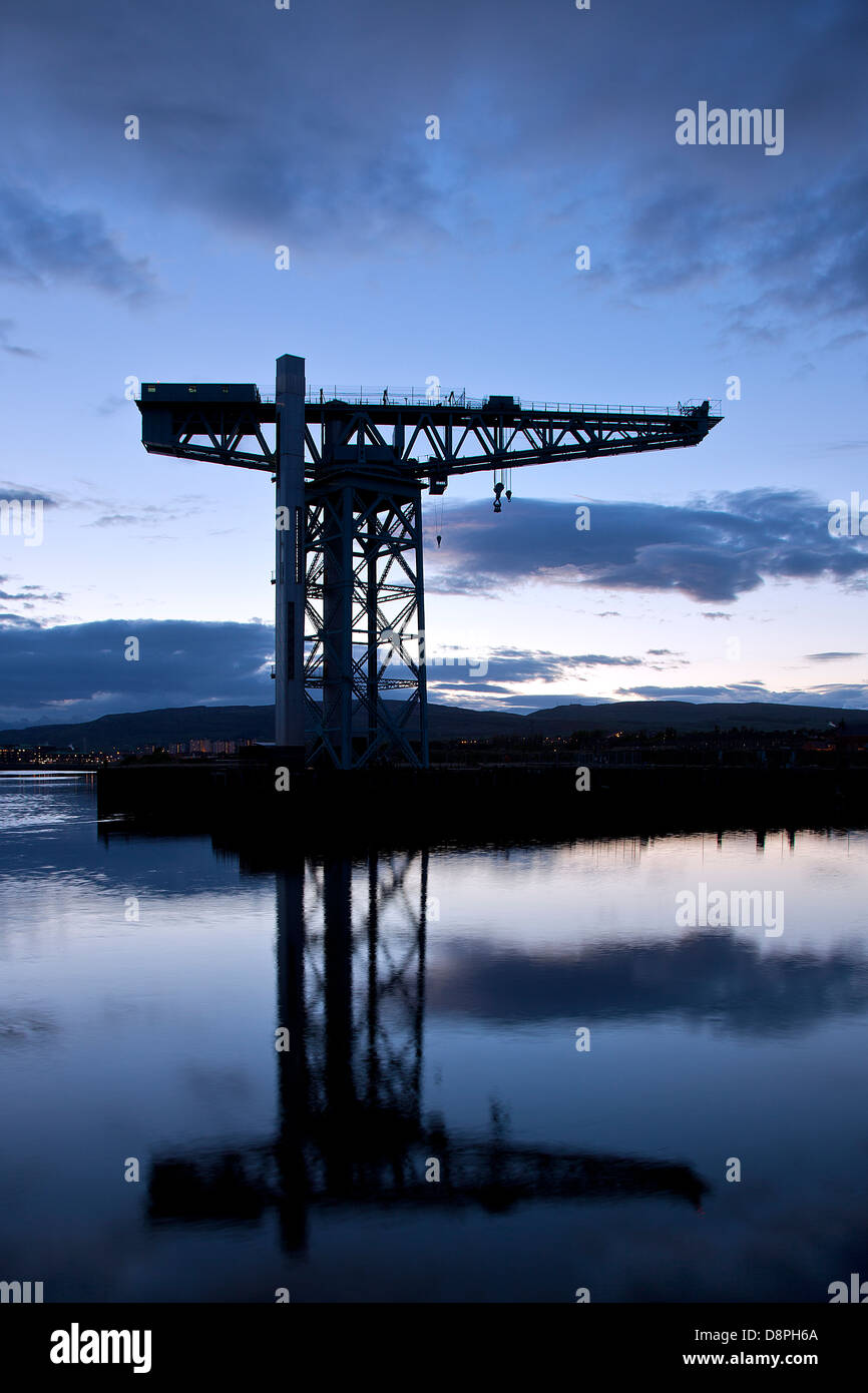 Titan Crane on the River Clyde in Clydebank. - Stock Image